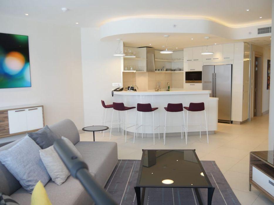 Arrenda se apartamento tipo 2 nas torres Rani na sommerschield