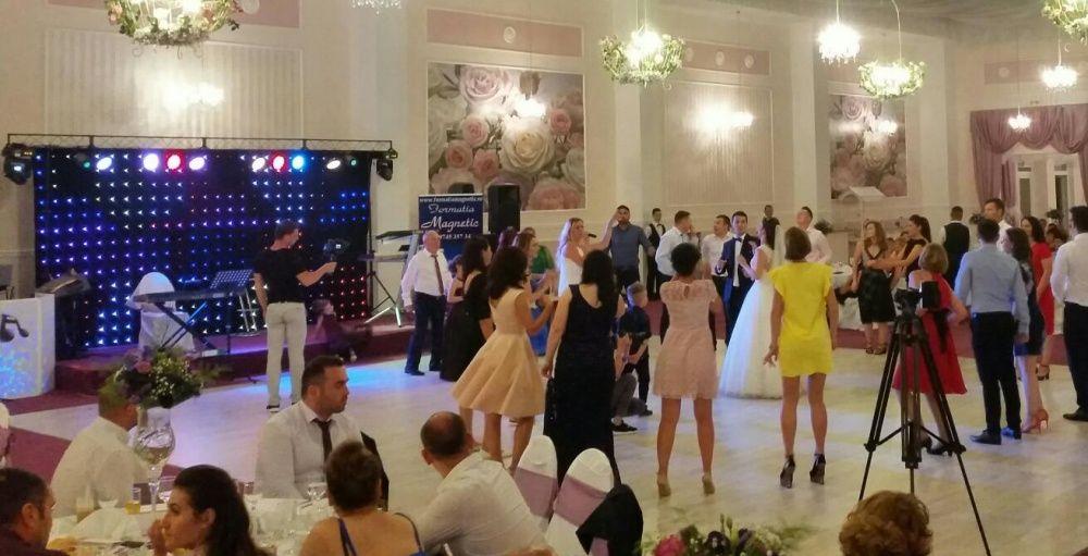 Formatie nunta,formatii nunta,botez,dj,revelion,band nunta,Bucuresti
