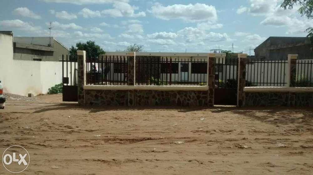 Para venda ou arrendamento bairro CMC
