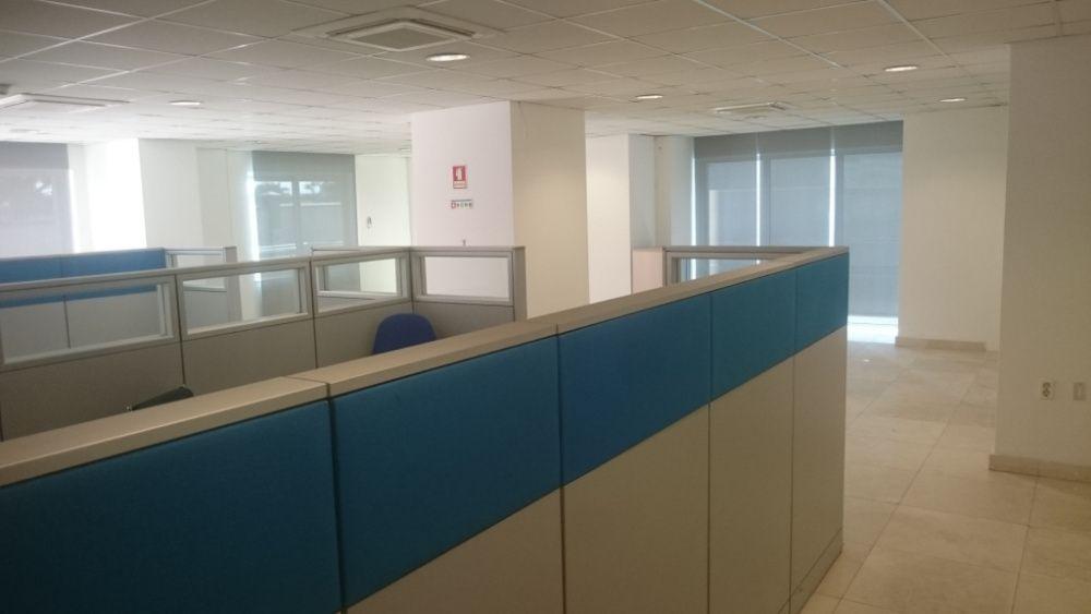 Arrenda-se Escritório de 170 m2 em Talatona