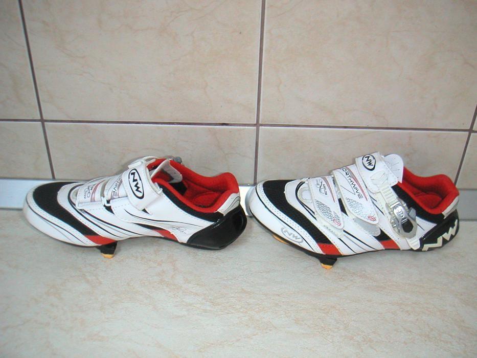 Pantofi ciclism Northwave , marime 37