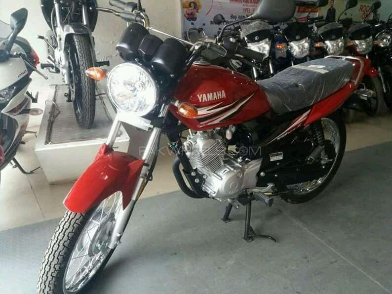 Vendo esta moto novo a bom preço