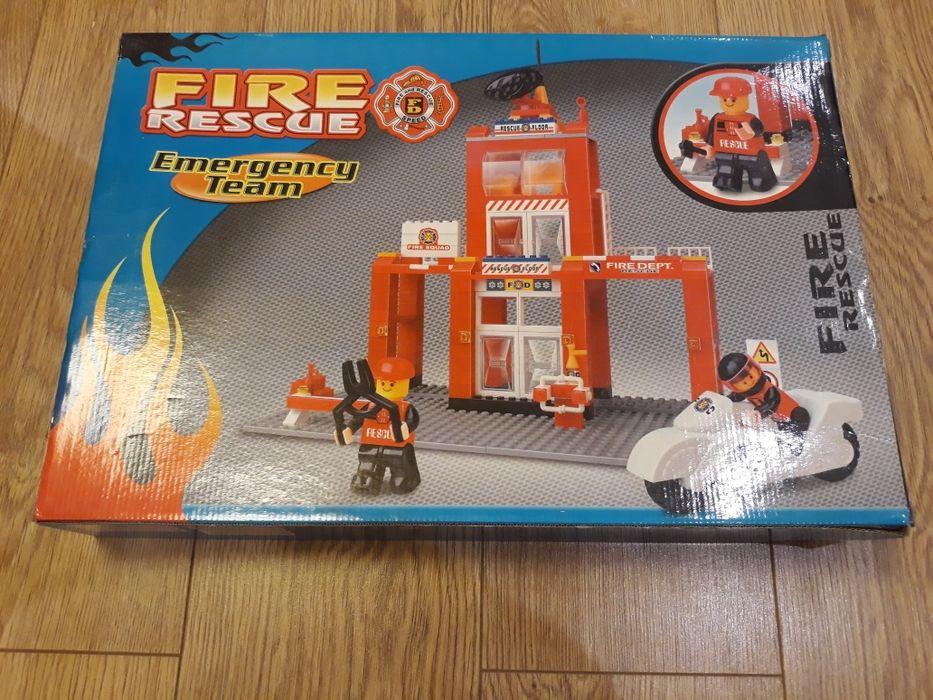 Конструктор от типа Лего, 280 части, за деца над 6 години, нов, 30 лв