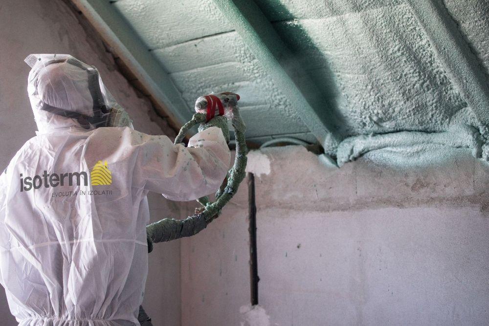 Izolație spumă poliuretanică premium