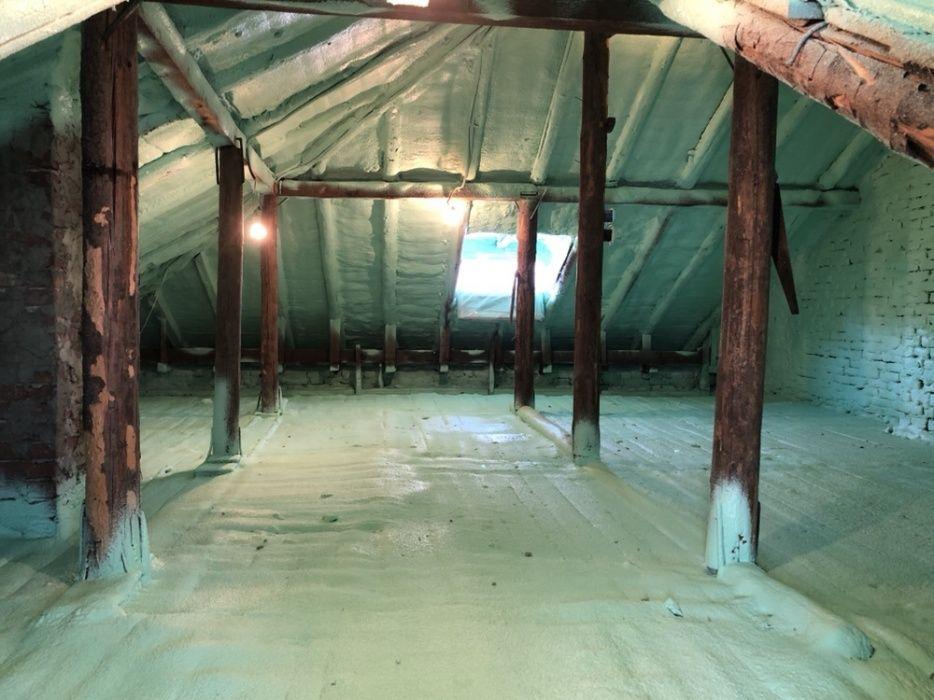 Izolații spumă poliuretanica