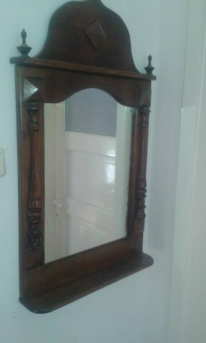oglinda cu rama antichizat
