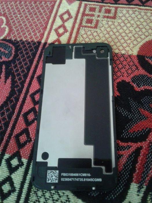 Задняя крышка на айфон 4S