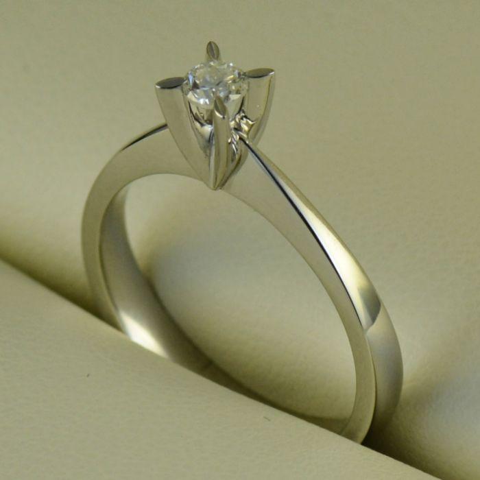 Inel de logodna de aur alb cu diamant (cod 739)
