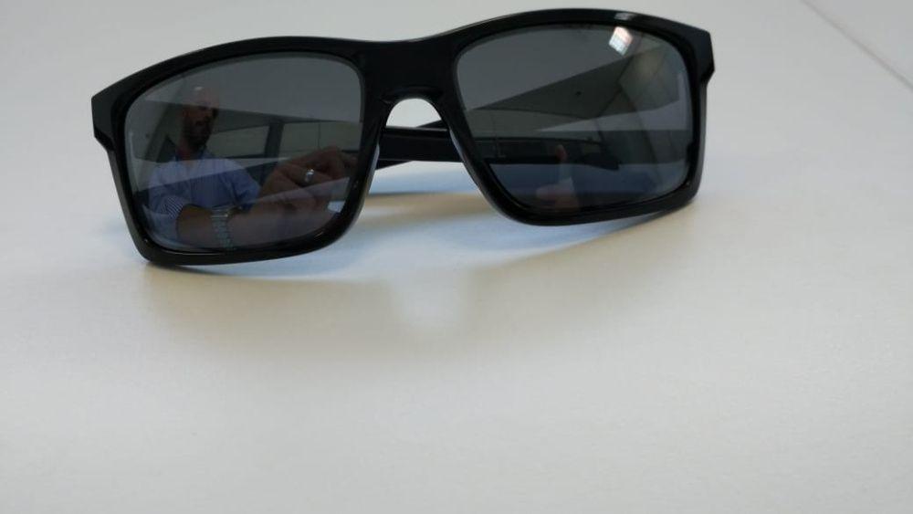 Óculos de sol marca OAKLEY Originais