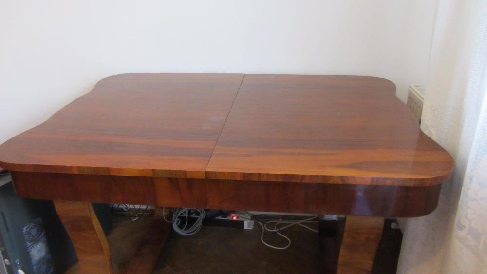 Masa extensibila 6 persoane din lemn masiv