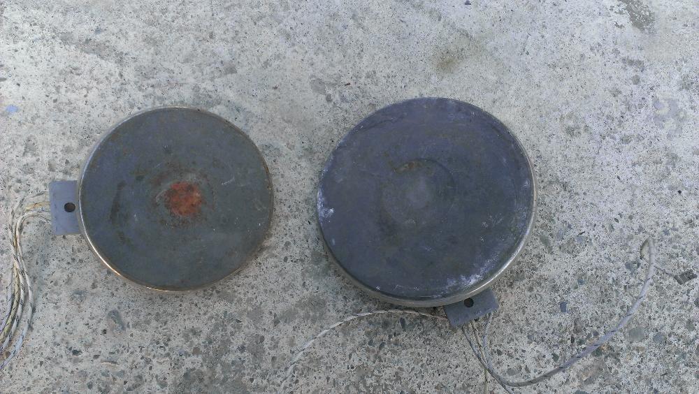 2 броя котлони за ел. печка 1500 вата