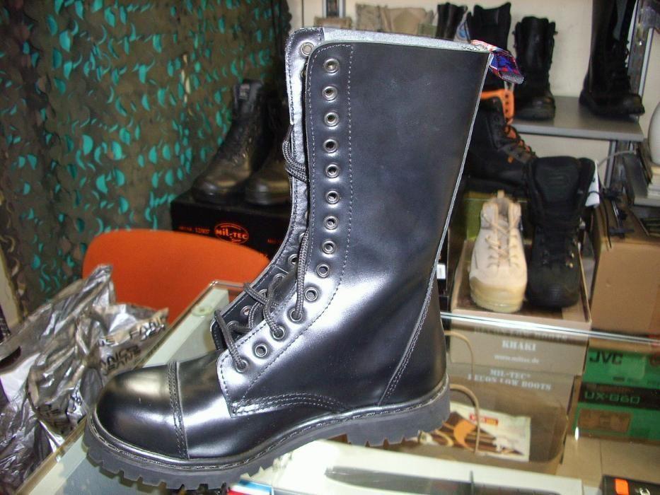 Обувки Invader високи 14 дупки