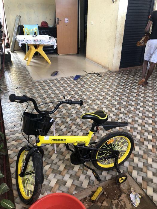 Esta bicicleta a bom preço