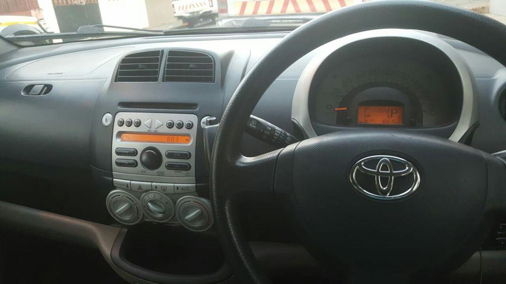 Vendo Carro de Marca Toyota Modelo passo,tudo funciona normalmente