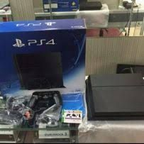 Playstantion 4 a venda