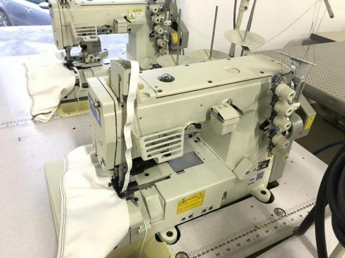 Mașină de aplicat bandă, elastic, dantelă BROTHER FD4-B272