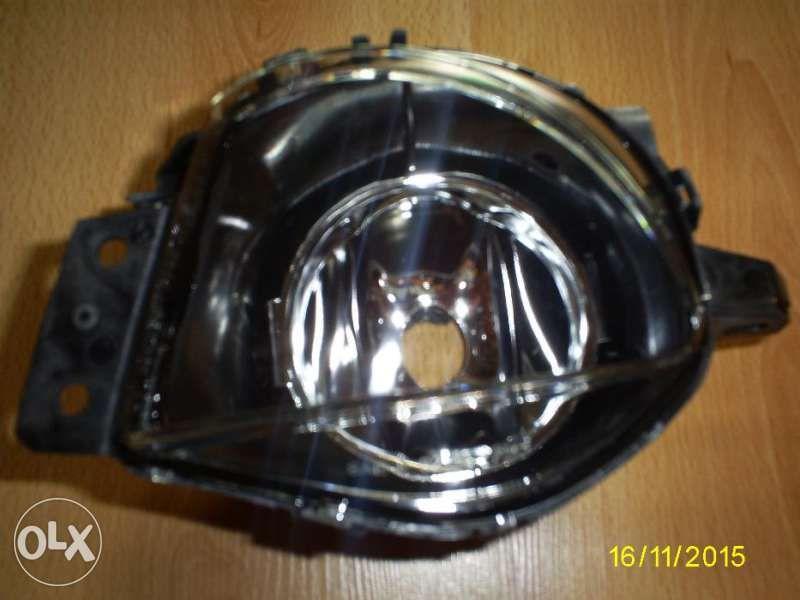 Оригинален Халогенен фар за БМВ Е 90