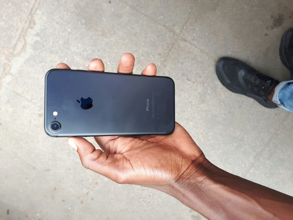 Iphone 7 normal 32 GB super limpo