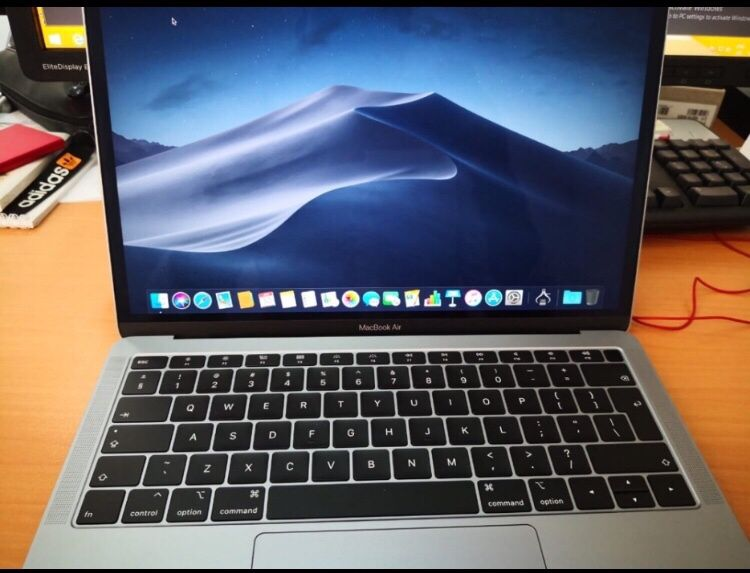 MacBook Air 2018 mid