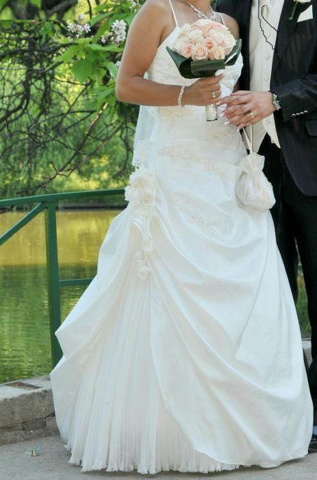 Rochie de Mireasa casa de moda Mirella Bridal Art