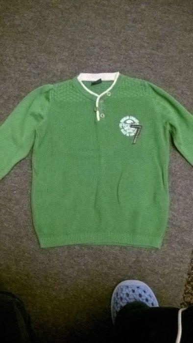 детско пуловерче
