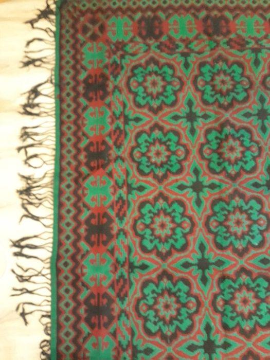 Персийски килими и килим от вълна.
