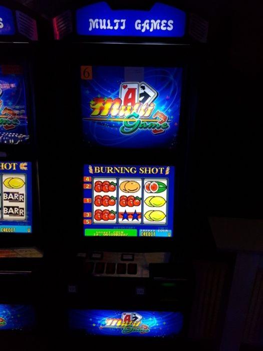 "Inchiriez apatrate ""Slot Machine(pacanele)"" Piatra Neamt - imagine 2"