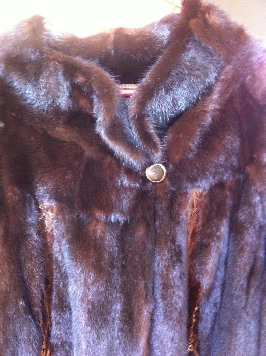 OCAZIE!! haina din blana de VIZON lunga cu insertie piele de sarpe