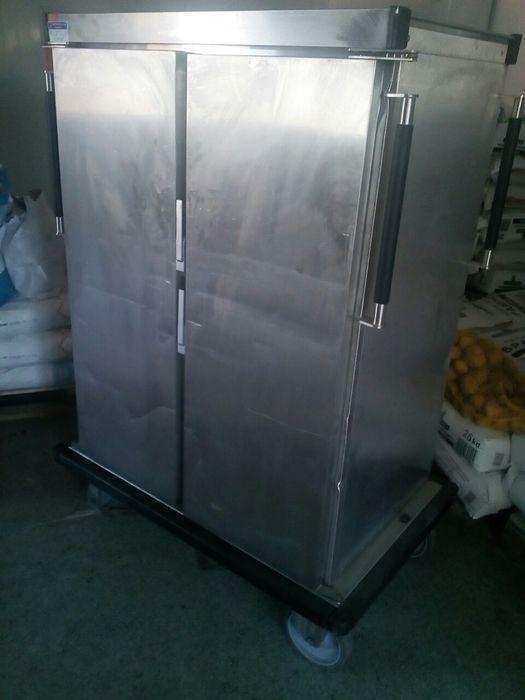 Продавам количка за съхранение на храна