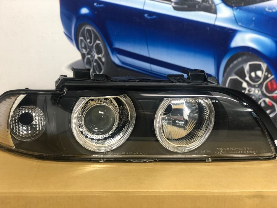 Faruri BMW E39 Lupa Angel Eyes LED Fundal Negru