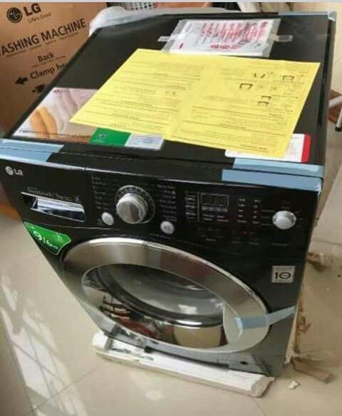 Máquina de lavar novo a venda