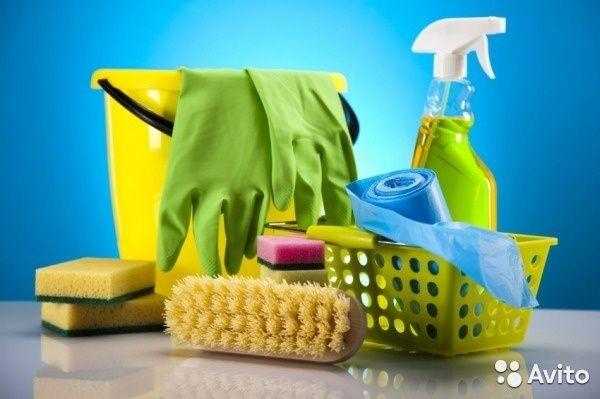 Все виды уборок: мытьё окон и полов, глажка, побелка, клею обой и.т.д.