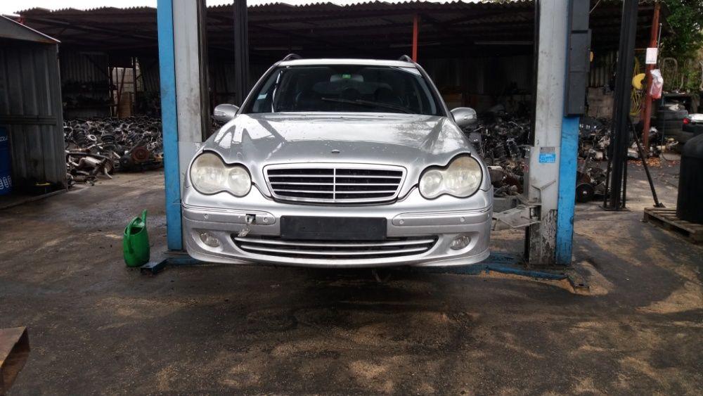 Dezmembrez. Mercedes 203.Clasa C . 2.2 CDI .E4