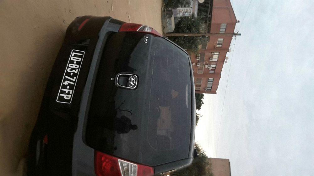 Hyundai i10 motor selado. Ac em dia. Nunca pintado