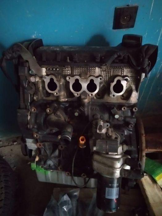 двигатель фольксваген АХА Т5