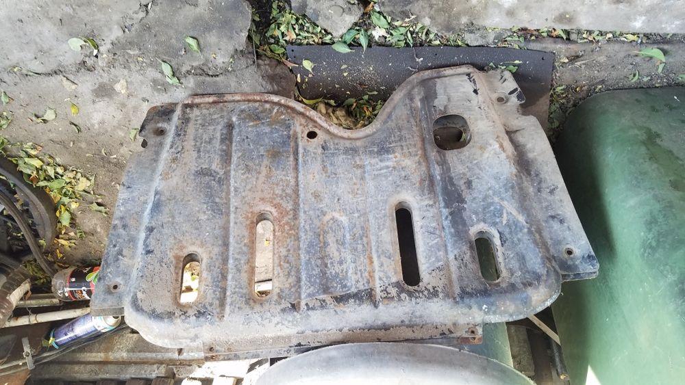 Scut metalic Dacia Logan