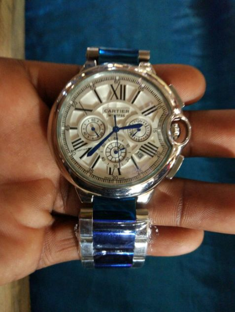 Relógio á venda