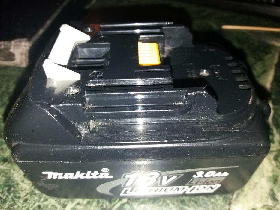 vind baterie LI-ION 18v ptr scule MAKITA, DeWalt 18v 14v stare ca noi.