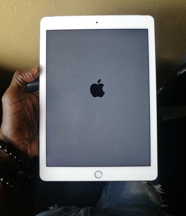 iPad Air 2 entra cartão e lê tem 16gigas iPad Air 2 branco, segunda m
