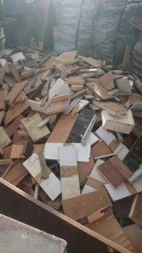 Lemne de foc uscat din mobilier pal,scândură, placaj,tăiate
