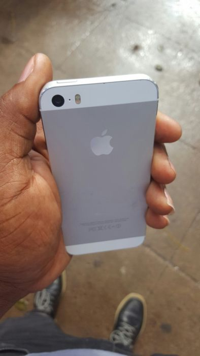 Iphone 5s 16g cline