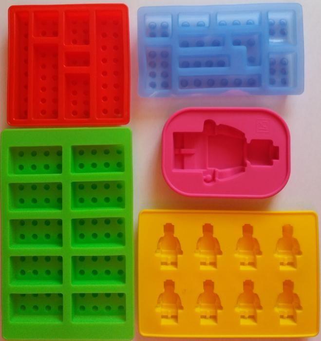 Set 5 forme tip Lego din silicon pentru torturi, prajituri sau gheata