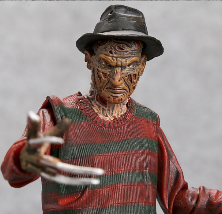 Figurina Freddy Krueger a Nightmare on Elm Street 17cm NECA