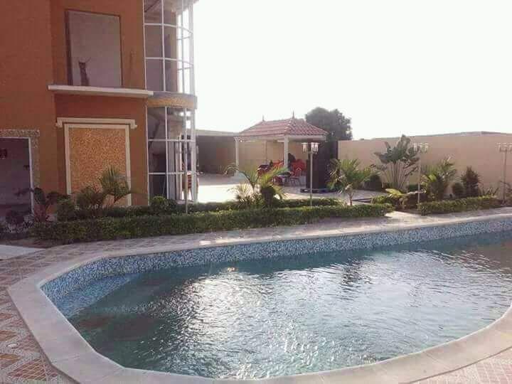 Resort à venda; Viana distrito Urbano do Zango, Bairro Zango 0.
