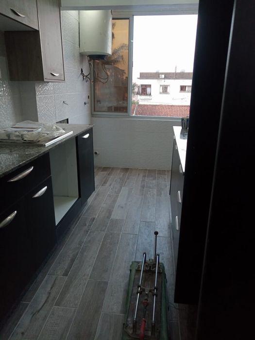 Vende-se Apartamento T3 2°Andar no Bairro Central