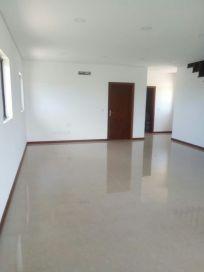 Vende se casa tipo 6 no Estoril Beira sofala Bairro do Jardim - imagem 4