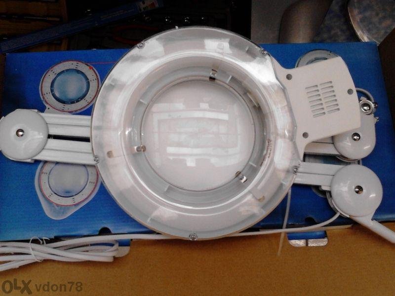 Козметична лампа с лупа - професионална 79лв