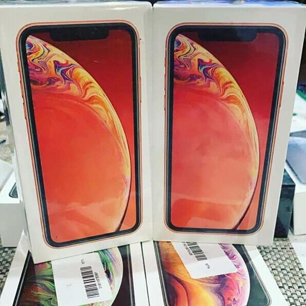 IPhone xs 256gb. Selado na caixa. Promoção