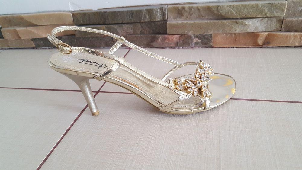 Pantofi aurii ocazie