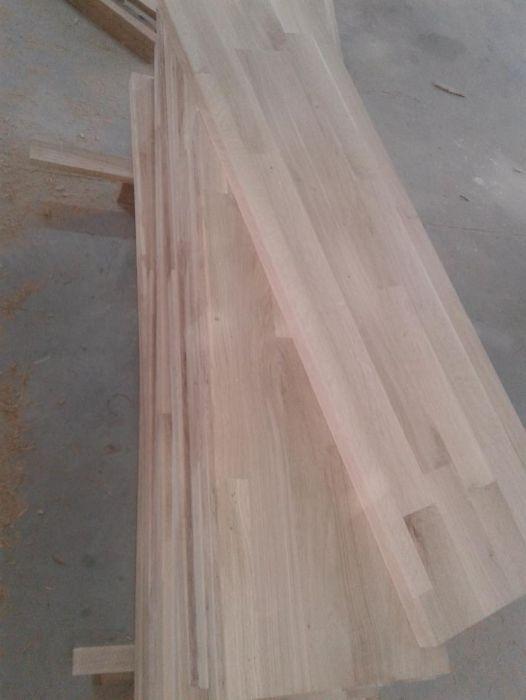 Trepte din lemn masiv de stejar